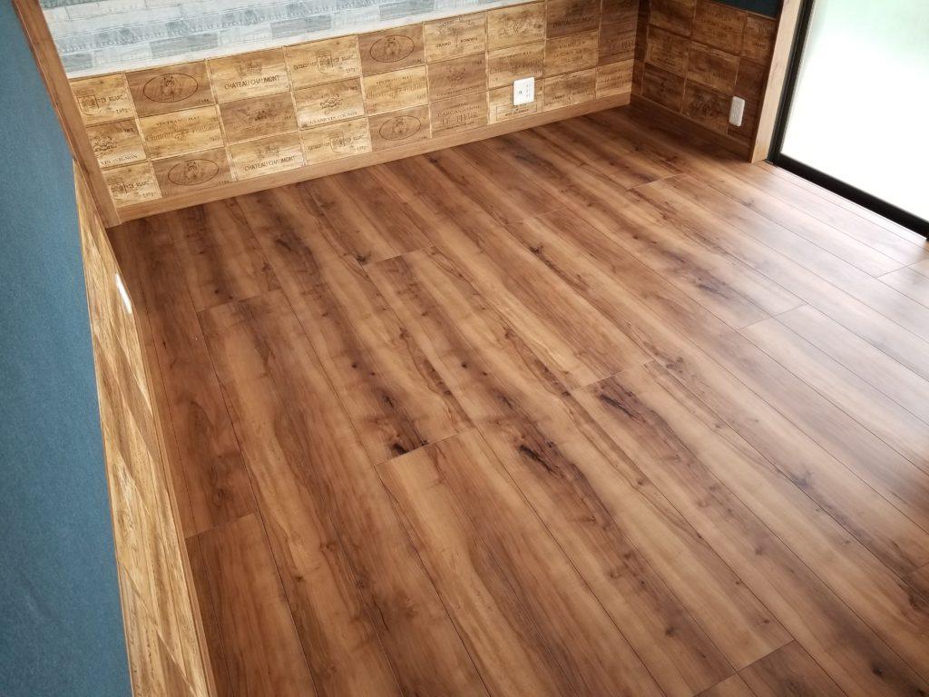 洋室の床の施工後