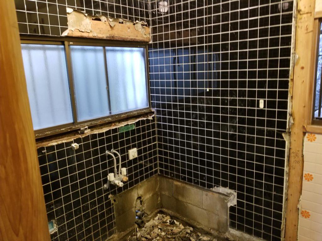 浴室リフォームの施工中