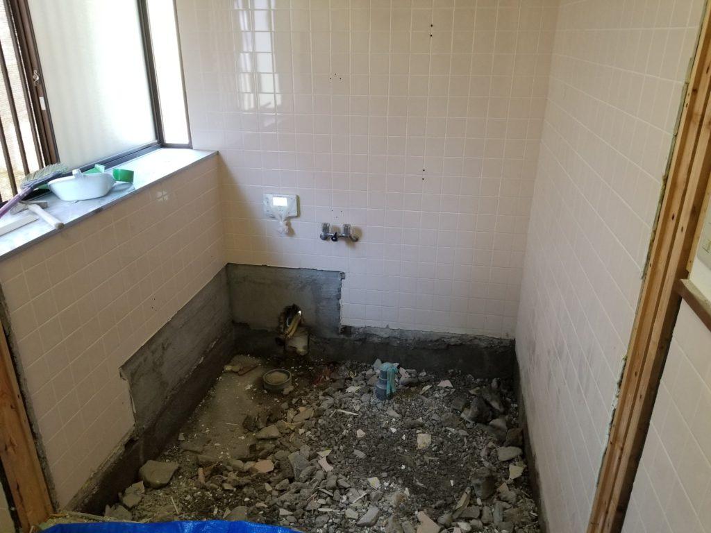 浴室リフォームの解体工事完了後