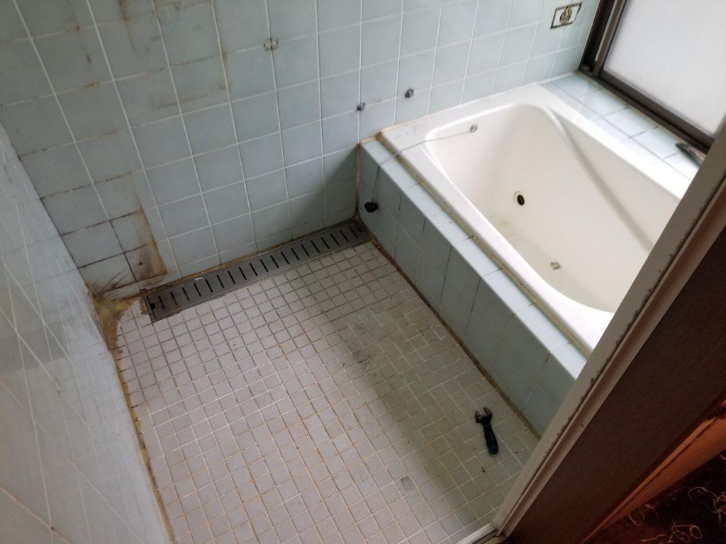 浴室リフォームの施工前
